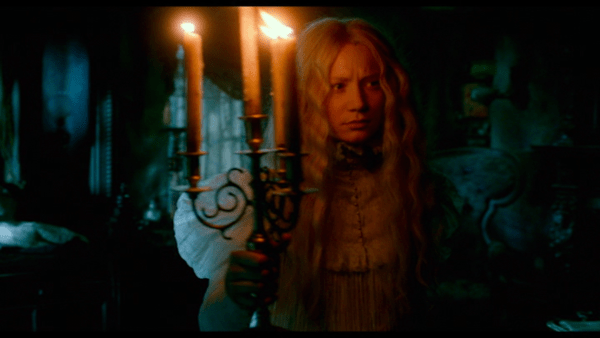 Crimson Peak color contrast