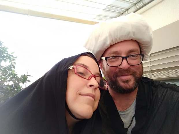 הדוקטוירים אורי גולדברג ותמר עילם גינדין בעיר הקודש קֹם