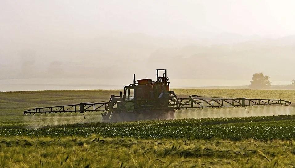 Référendum sur les pesticides en Gironde : un refus et des questions