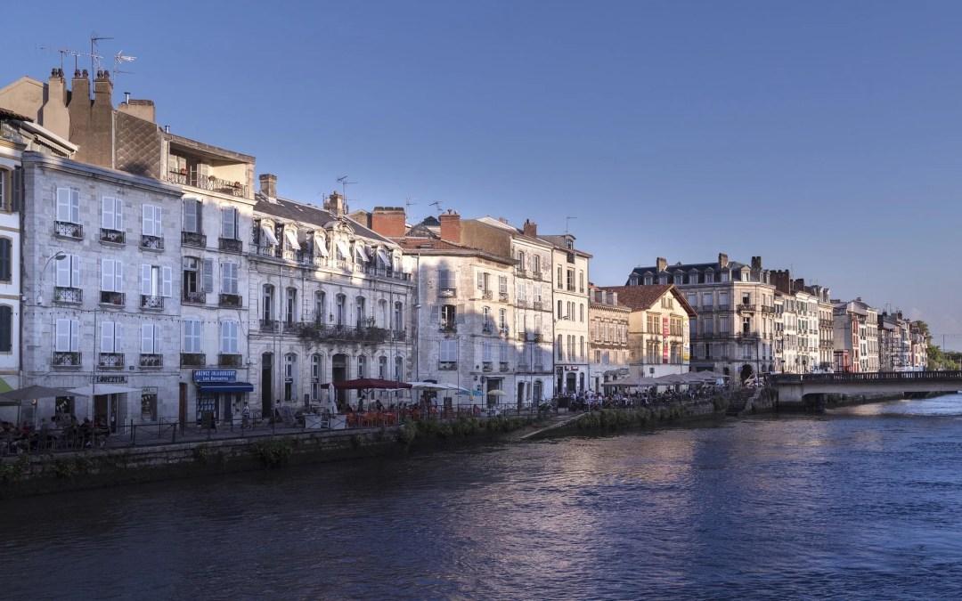 Pays Basque, une terre trop chère pour ses habitants?