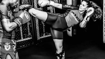 """Djihene Abdellilah : """"Je donne des cours de MMA à la Sorbonne"""""""