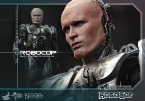 902285-robocop-battle-damaged-version-alex-murphy-013