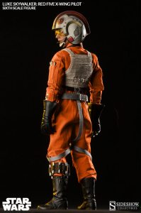 2132-luke-skywalker-red-five-x-wing-pilot-007