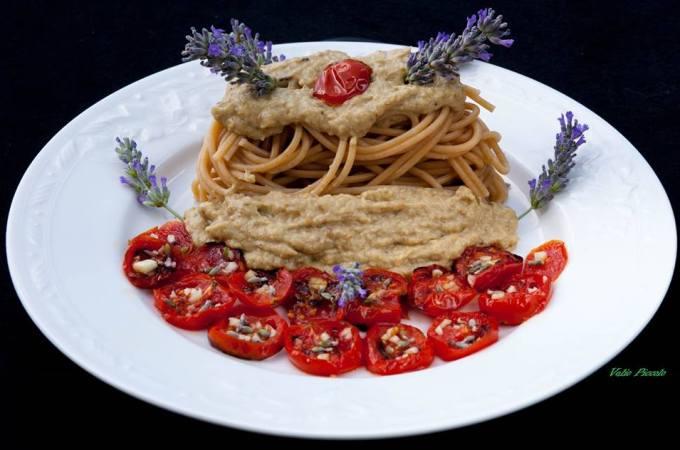Spaghetti integrali alla Lavanda