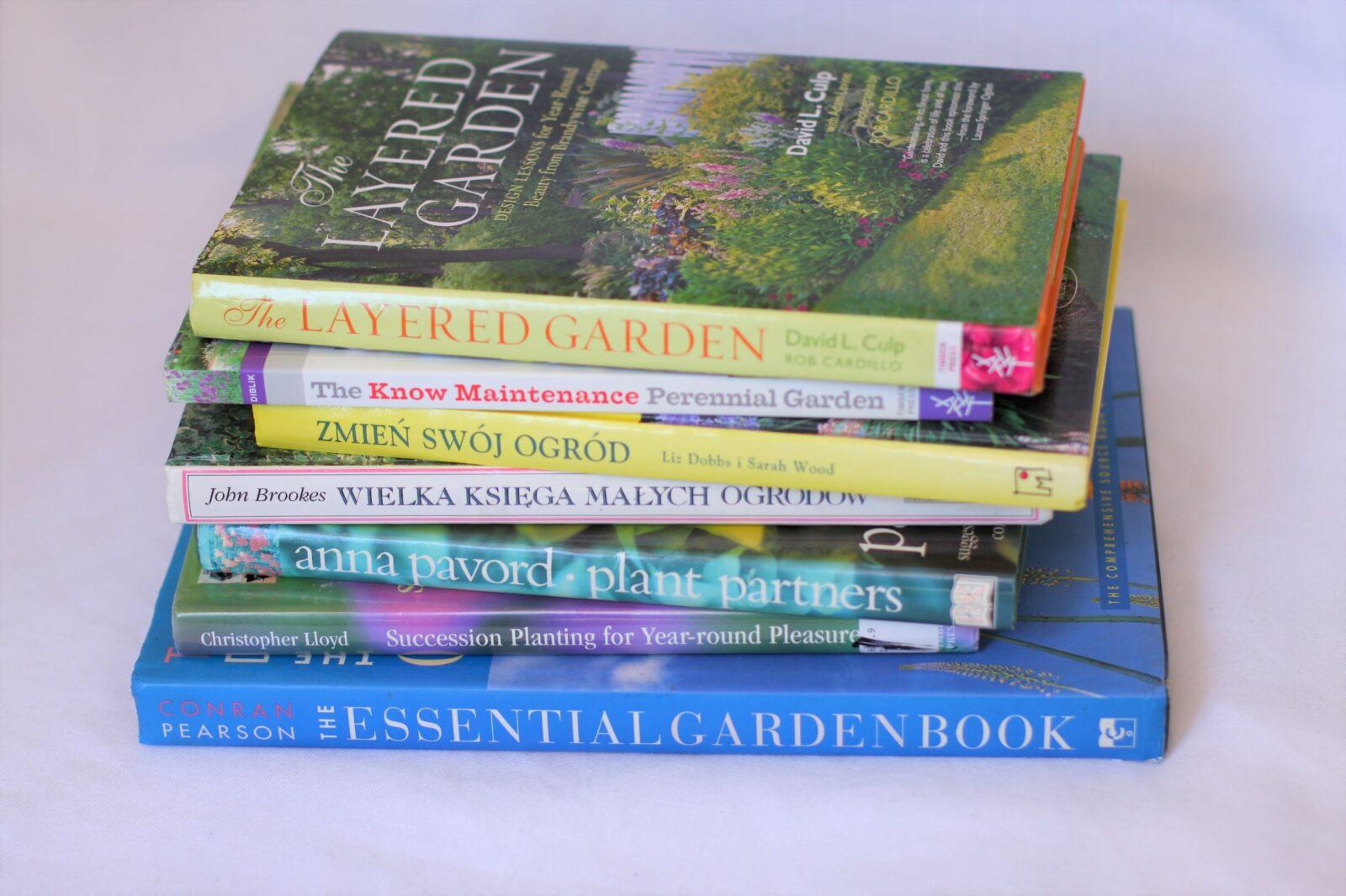 """""""The Layered Garden"""" i inne książki"""
