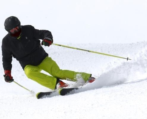 sport chaussage et appuis spécifiques en ski alpin