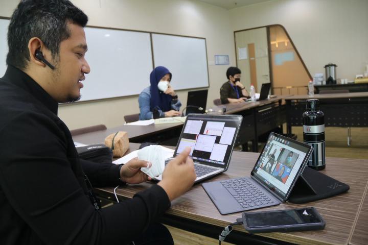 Penyelenggaraan Kewirausahaan Mahasiswa Indonesia (KMI) Expo XI 2020 di Podomoro University