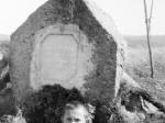 Cedynia 1960 - Kamień upamiętniający zwycięstwo pod Cedynią