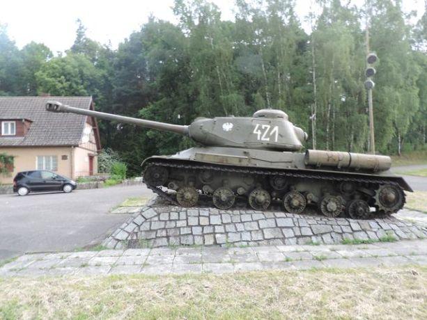 Czołg IS-2 w Starych Łysogórkach