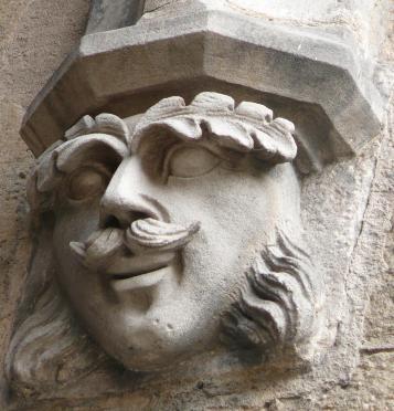 katedra fasada główna maszkaron4