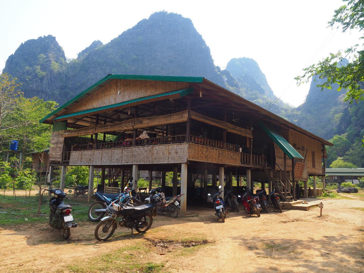 laos ; wspinaczka ; dom na palach