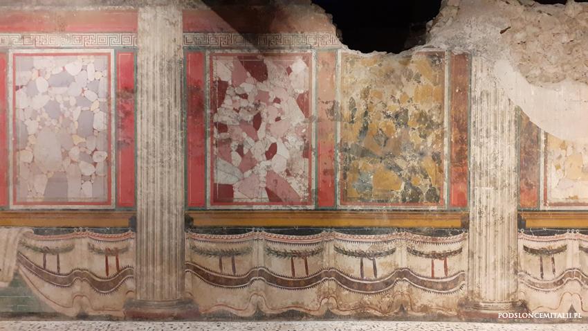 Brescia pompejańskie malowidła i rzymska świątynia o czterech cellach