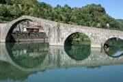 Ponte-del-Diavolo-Wikipedia-CC-by-Myrabella