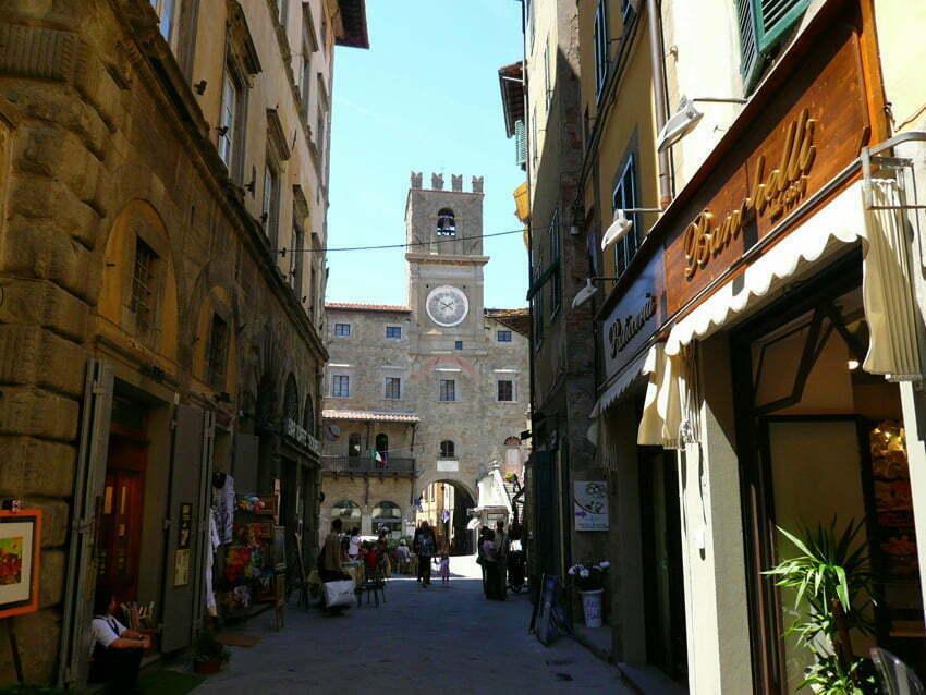 Cortona - toskańskie miasto założone przez potomka Zeusa lub Noego