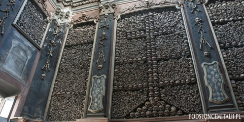 Ossuarium w kościele San Bernardino alle Ossa