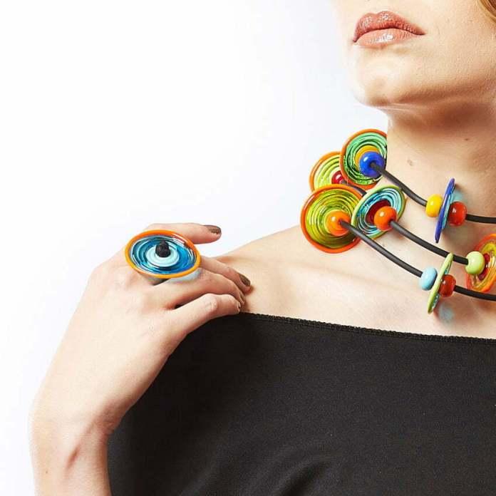 biżuteria ze szkła z Murano