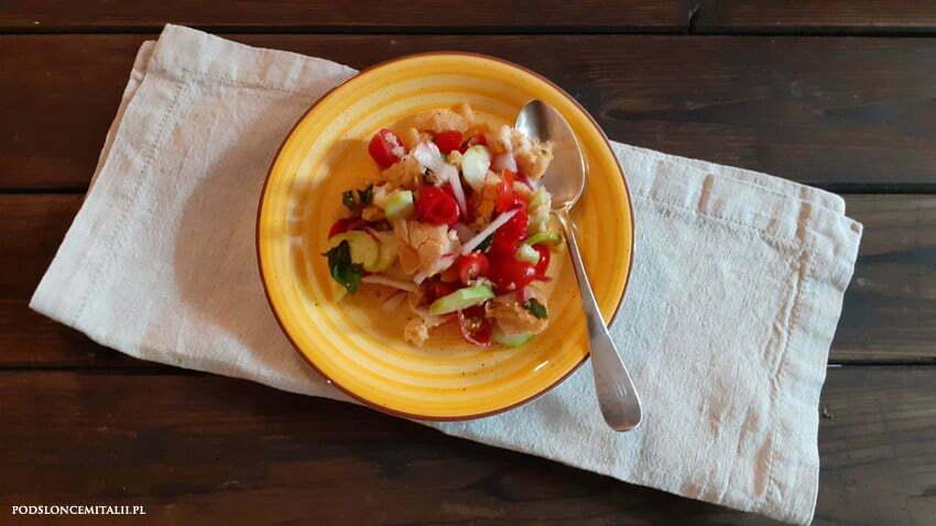 Panzanella - toskańska sałatka idealna na upalne dni