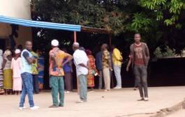 DEMARRAGE EFFECTIF DES OPERATIONS DE VOTE ET DES CAS D'INTERDICTION D'ACCES AUX BUREAUX DE VOTE AUX OBSERVATEURS POECI