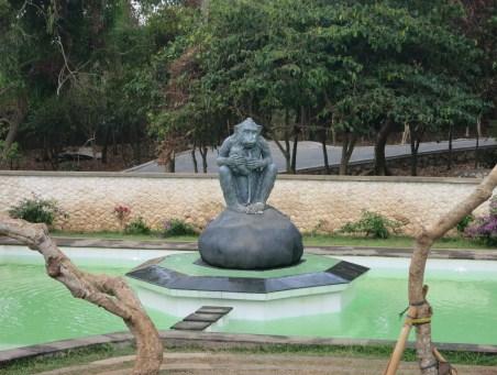 Monkey fountain at Uluwatu.