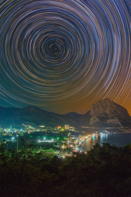 Colorful-Star-Trails_3