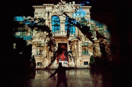 Interactive-Dancing-House_1