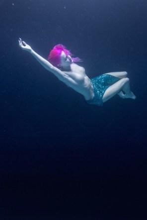 Underwater-Dancing-Photography-10
