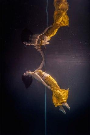 Underwater-Dancing-Photography-4