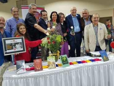 filcol domingo Homenaje a Maria Mercedes Carranza