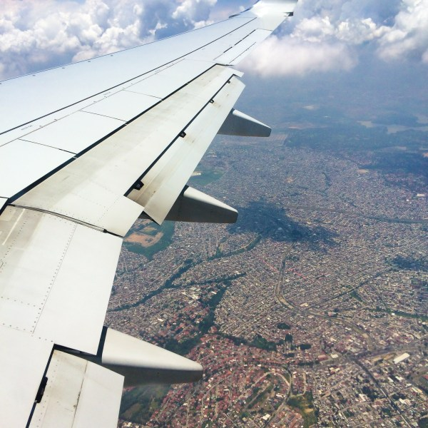 flying in to Mexico City
