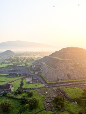 Sun and Moon pyramids at Teotihuacan