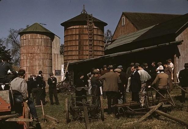 Farm_auction,_Derby,_Conn.