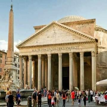 panteonul roma antica-supranumit templui tuturor zeilor