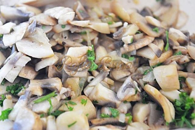 Rulada de vitel cu ciuperci