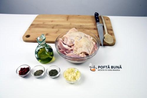 Tochitura din carne de pui, reteta simpla si rapida