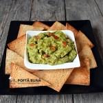 Guacamole, reteta de sos mexican din avocado