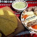 Rasol din carne de pasare cu mamaliga si mujdei, reteta traditionala