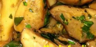 Ciuperci (hribi) cu usturoi si patrunjel, reteta rapida, la tigaie