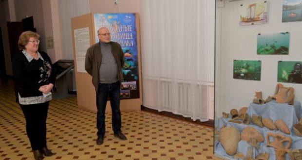 В Центральном музее Тавриды презентовали выставку «Подводные сокровища Судака»