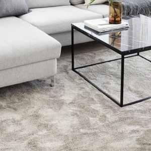 Silkkitie-matto Vm Carpet beige olohuoneessa