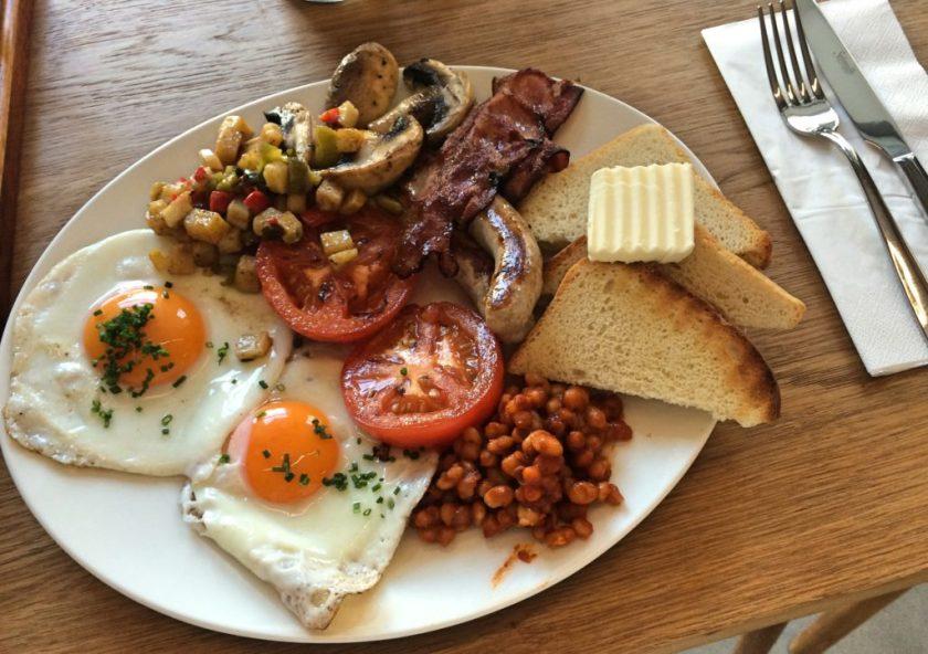 Místo - Anglická snídaně