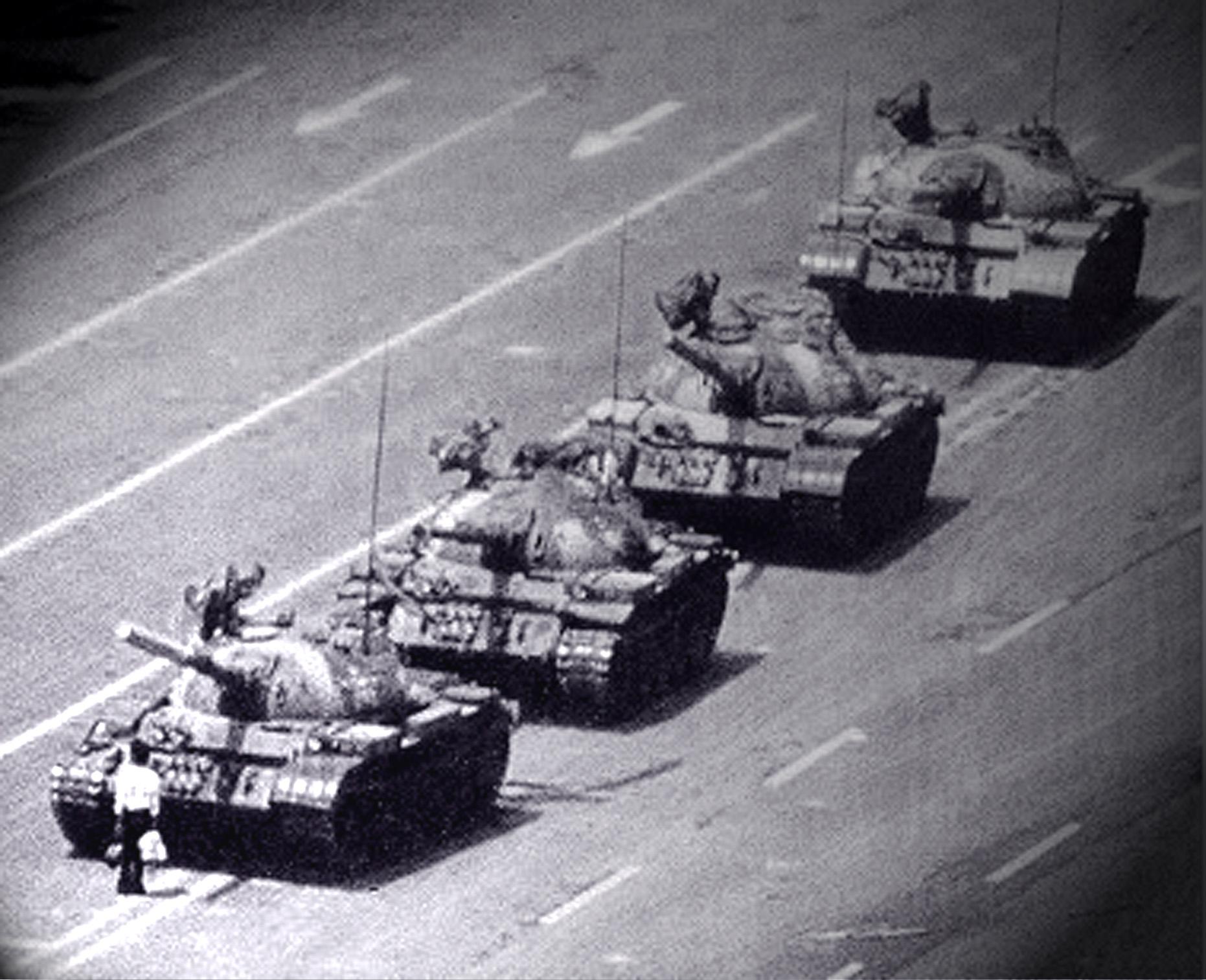 Man in front of Tanks Tiananmen