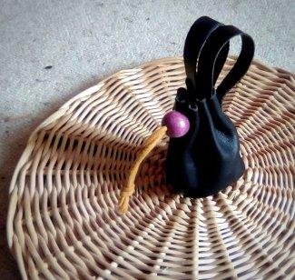 Patron bourse de ceinture cousue en cuir - apprendre la maroquinerie et le travail du cuir