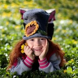 Erin beanie on little girl