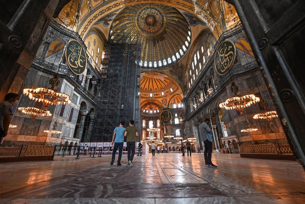 le-musee-sainte-sophie-qui-pourrait-etre-transforme-en-mosquee
