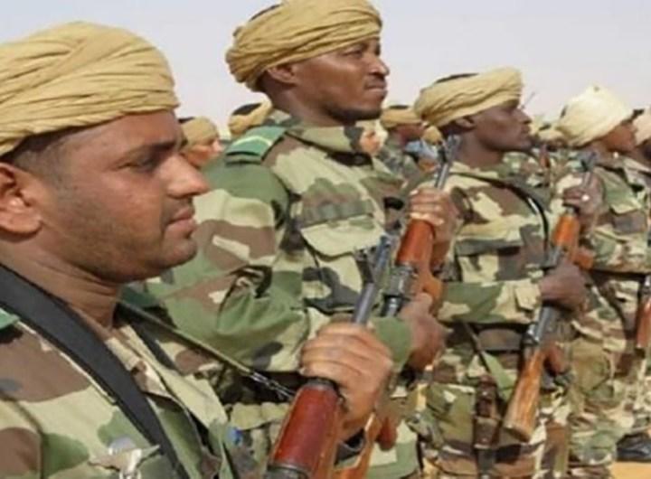 l-armee-mauritanienne-au-secours-de-la-population-inondations