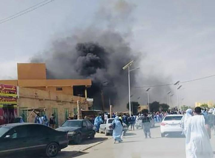 incendie-au-marche-de-vetements-ehl-noueiguith-atar-mauritanie-1