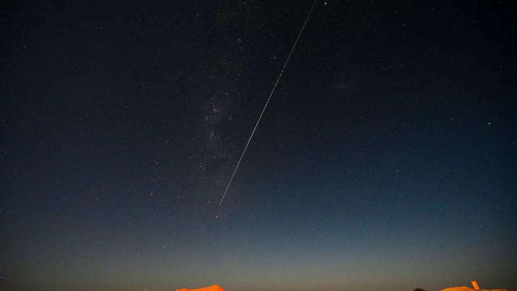la-sonde-japonaise-amene-de-la-poussiere-d-asteroide