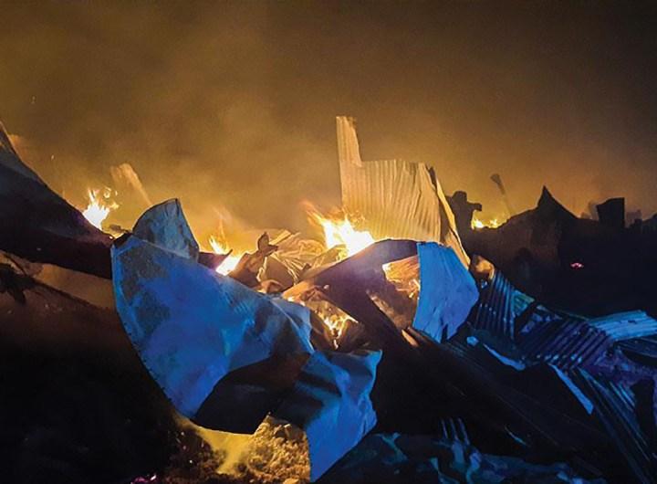 Bangladesh, 45.000 Rohingyas déplacés après un gigantesque incendie
