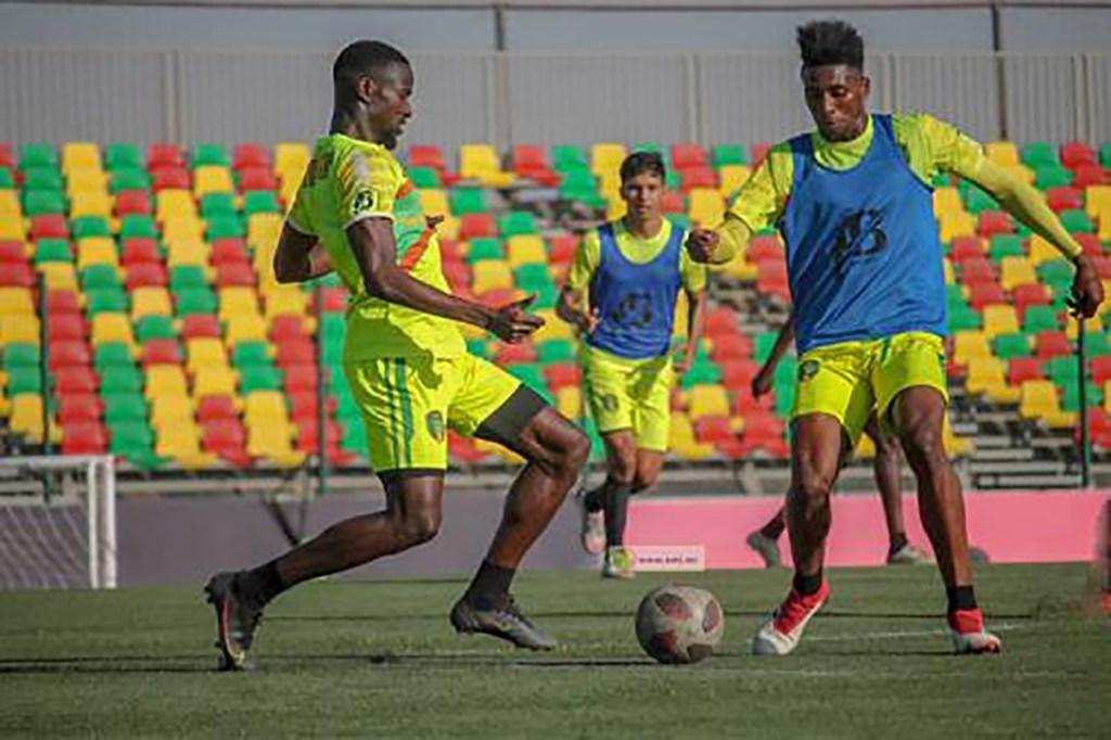 L'équipe nationale de football prépare son match contre le Maroc
