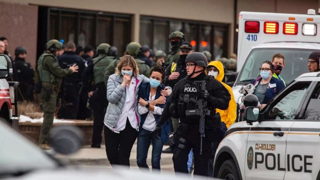 Etats-Unis: Après la tuerie dans le Colorado, Joe Biden appelle le Congrès à agir sur les armes à feu